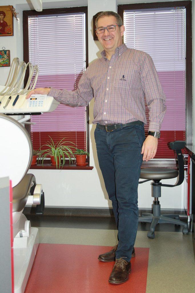 доктор михов, зъбни импланти ямбол сливен