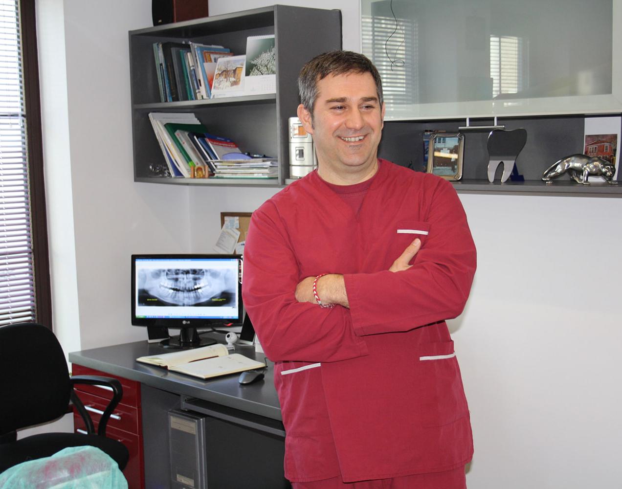 доктор михов, сливен, зъбни импланти